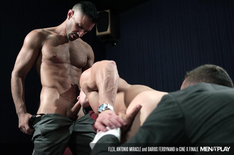 menatplay-naked-muscle-men-at-play-enzo-rimenez-emir-boscatto-sunni-colucci-ivan-gregory-denis-vega-victor-rom-dani-robles-014-gay-porn-sex-gallery-pics-video-photo