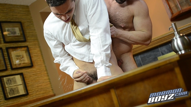 MormonBoyz-Mormon-Boyz-Elder-Kensington-and-Elder-Miller-017-male-tube-red-tube-gallery-photo
