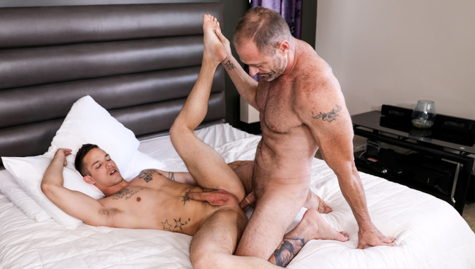 Men for Men Blog 70173_04_01 Hot older hunk D Arclyte destroys young hottie Nic Sahara's virgin asshole Icon Male