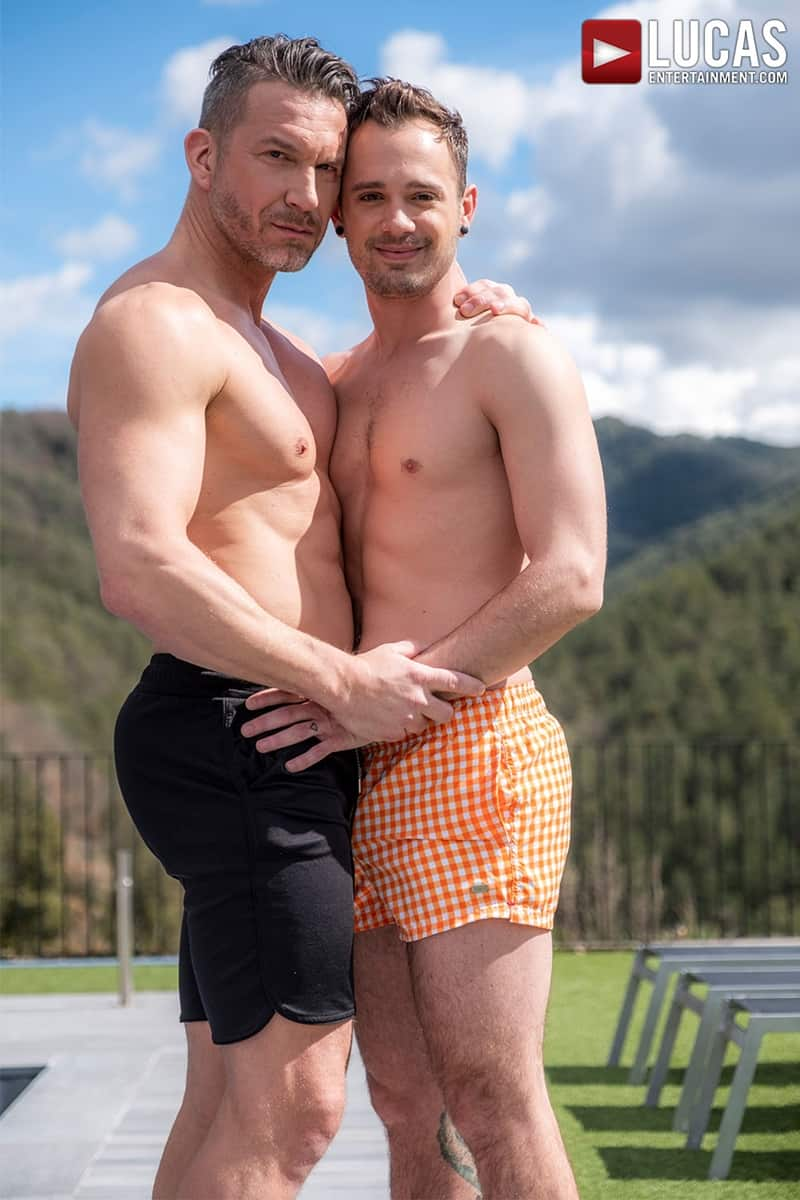 Muscle-Daddy-Tomas-Brand-bareback-fucks-Drake-Rogers-hot-bubble-butt-Ass-LucasEntertainment-005-Gay-Porn-Pics