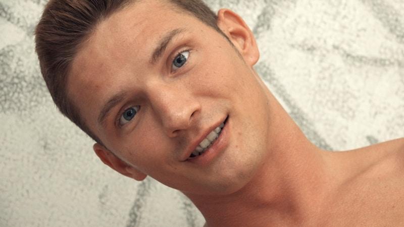 Freshmen-Sexy-young-European-dude-Viggo-Sorensen-003-Gay-Porn-Pics