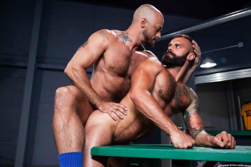 Bearded-muscle-hunk-Jessie-Colter-huge-cock-bareback-fucking-Drake-Masters-sweaty-hairy-hole-RagingStallion-014-Gay-Porn-Pics