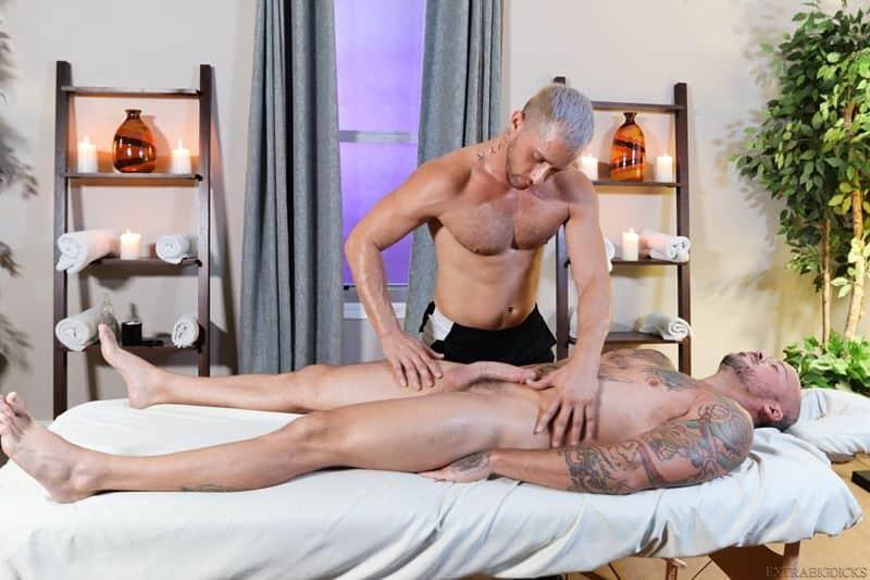 Hot muscle hunk Sean Duran's huge raw dick bareback fucks Armando De Armas's hot asshole