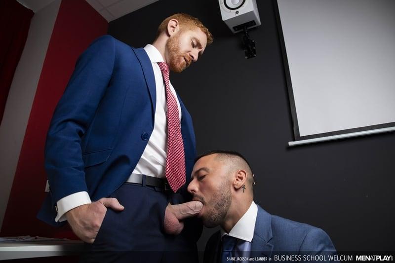 Ginger muscle hunk Leander fucks hottie hunk Shane Jackson's tight bubble butt