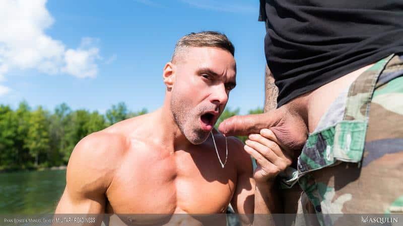 Army boys fuck fest Corporal Manuel Skye bottoms for hairy muscle hunk Ryan Bones' huge raw dick